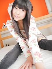 Small-titted asian girl Shiori Kurata