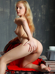 With her adorable, charming allure, tiny delicate body with smooth, puffy assets, Janice looks irresistibly mouthwatering.