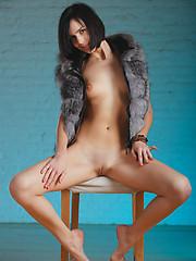 Russian brunette Macy shows her nude body