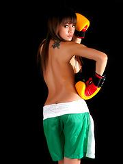 Thai boxer Shanya posing topless
