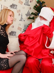 Oksana is a beautiful blonde who now loves to get it stuck deep in her ass
